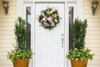 Inspiring Spring Planters Design Ideas For Front Door 20
