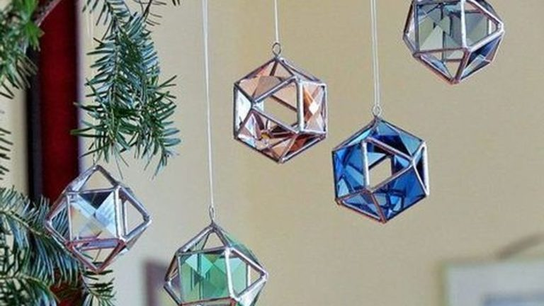 Beautiful Glass Crystal Ideas For Lovely Home Decor 03
