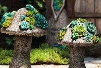 Beautiful Outdoor Succulent Planter Ideas 30
