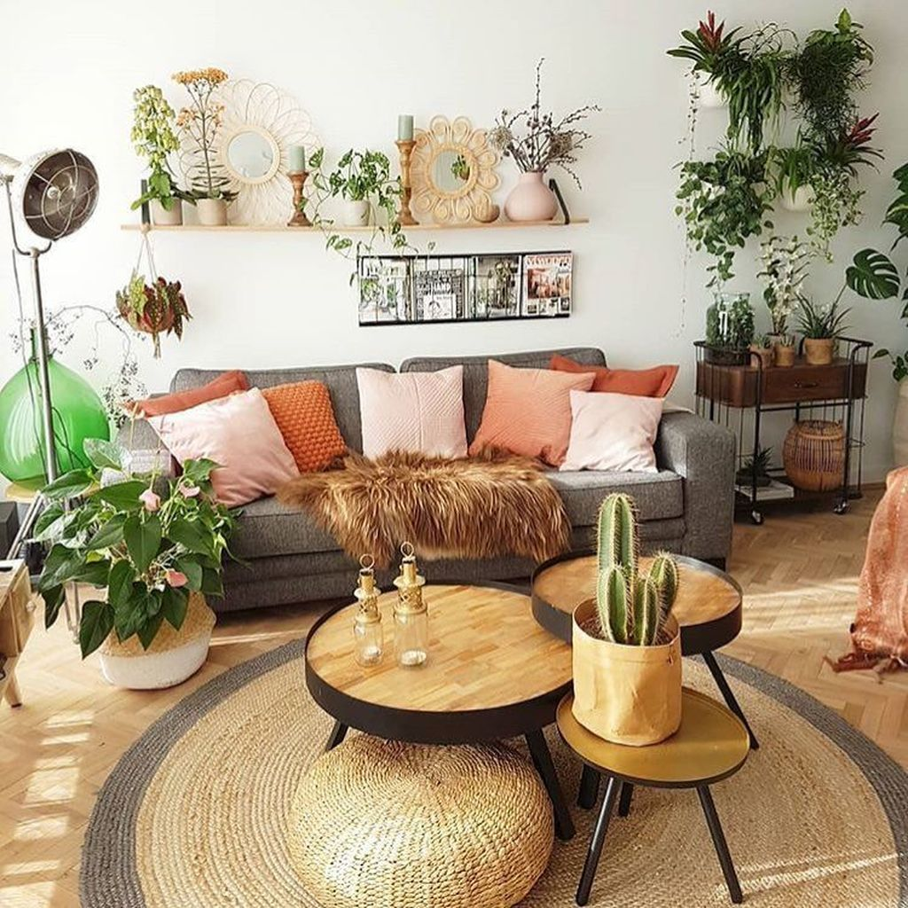 9 Lovely Bohemian Living Room Decor Ideas - MAGZHOUSE
