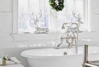 The Best Winter Bathroom Decor Ideas 05