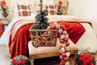 Inspiring Bedroom Decoration Ideas With Christmas Tree 33
