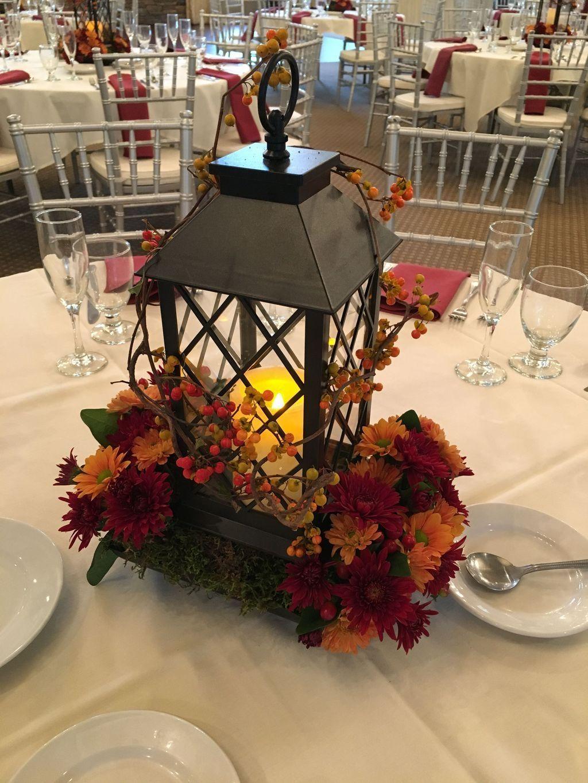 Inspiring Winter Lantern Centerpieces Decor Ideas 07 Magzhouse