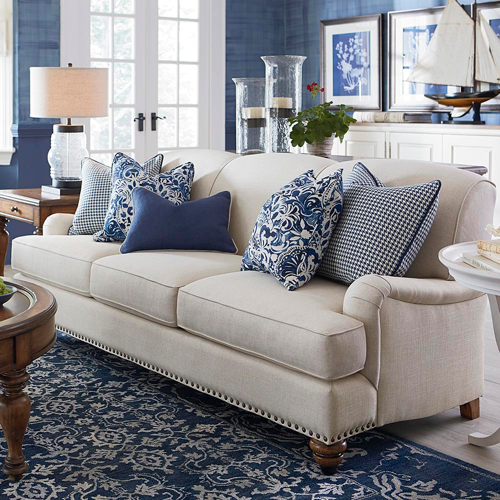 Beautiful Coastal Living Room Decor Ideas Best For This Summer 12