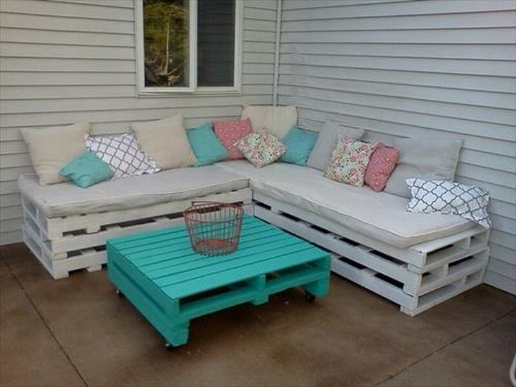 20 Diy Pallet Patio Furniture Magzhouse, How To Make Outdoor Furniture With Pallets
