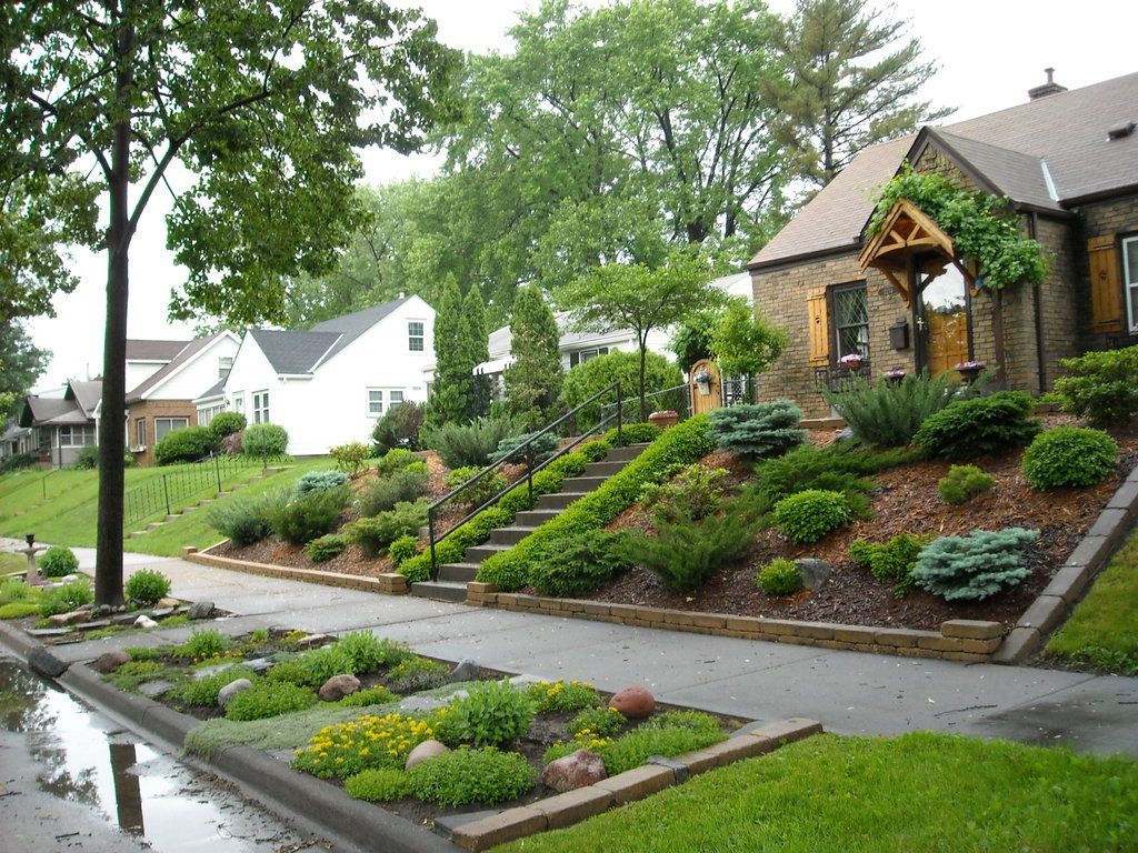 Sloping Front Yard Landscaping Ideas