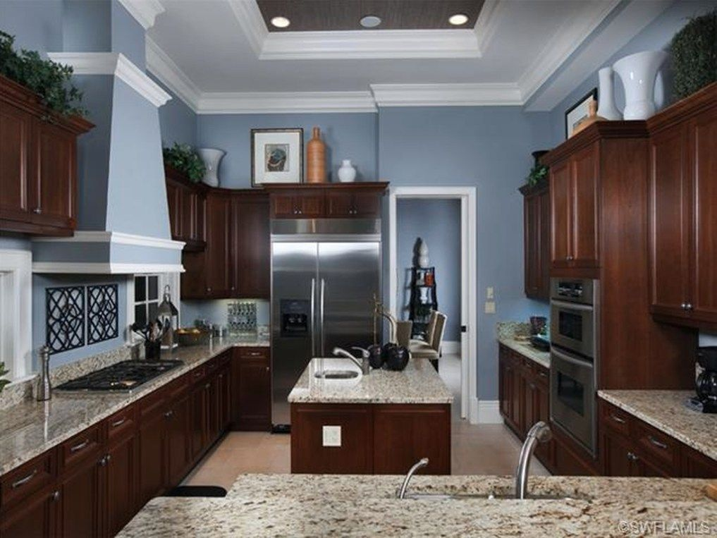 Kitchens With Dark Cabinets, What Color Should I Paint My Kitchen With Brown Cabinets
