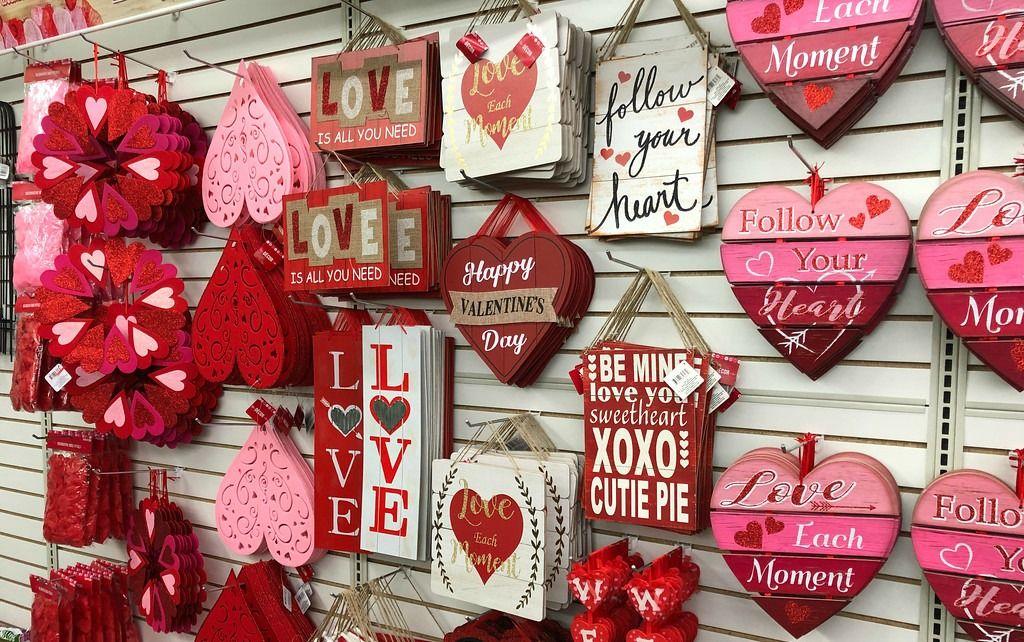Dollar Store Valentine Decorations