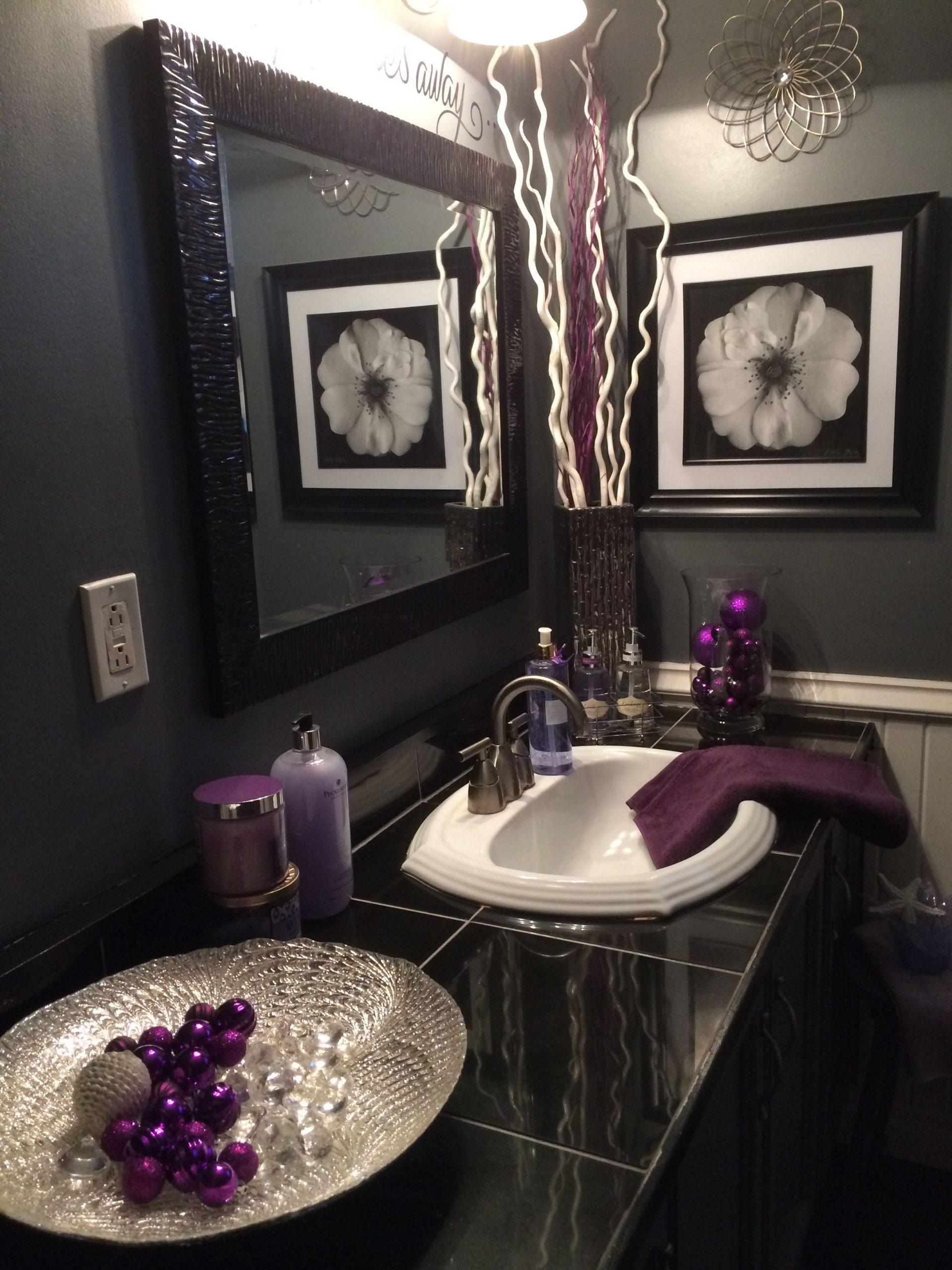 Black Bathroom Decor