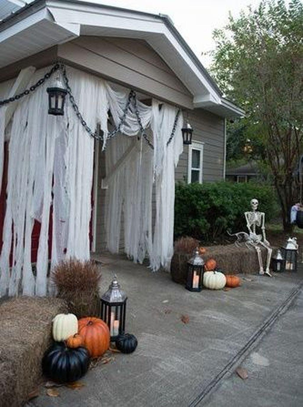 Front Yard Halloween Decorations